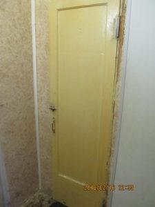дверь в кладовку
